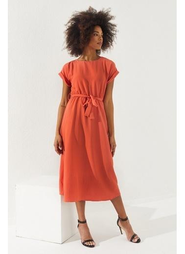 Reyon  Kadın Beli Lastikli Kuşaklı Elbise Taş Kırmızı